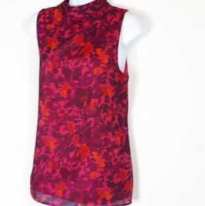 **SALE**Banana Republic sleeveless blouse